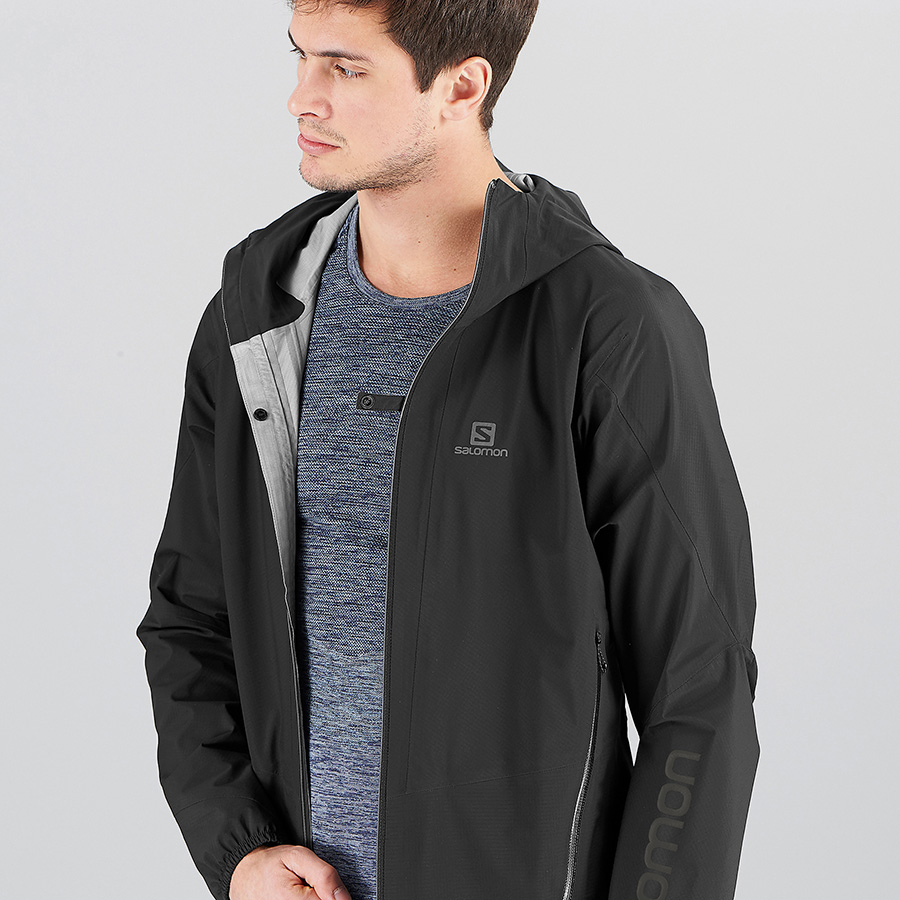 OUTLINE 360 3L JKT - black - front - wearing